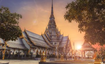When is the cheapest to fly to Thailand?