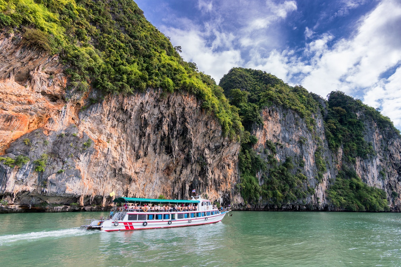 How do I book a ferry in Thailand